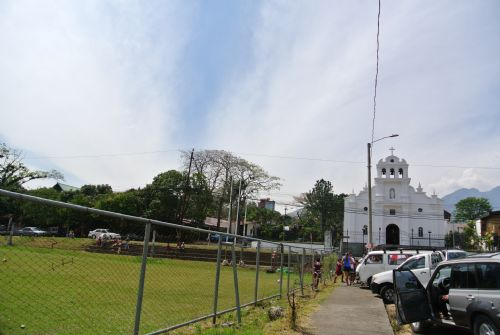 Church with park in San Rafael, Escazu