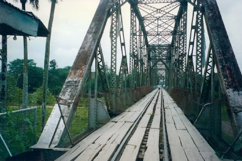 Costa Rica / Panama border crossing in Sixaola on a bridge